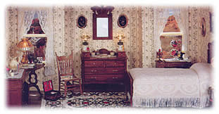 Doll House and Roombox Miniatures
